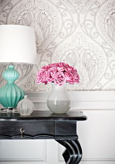 Thibaut Design - Rio Wallpaper in Black and White. I'm usually not a fan of wallpaper but this is pretty. Interior Design Blogs, Home Design, Interior Inspiration, Design Inspiration, Wall Design, Interior Styling, B&w Wallpaper, Large Print Wallpaper, White Wallpaper