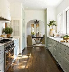 South Shore Decorating Blog: Manic Monday (#6) Love all the windows...no upper cabinets