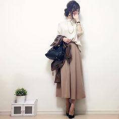 #今日のコーデ ☺︎♪ 柔らかい色味でまとめてみました^ω^♡ knit#gu (去年) pants#ジーユー pumps#diana leather:韓国にて購入☺︎ #handmadeaccessory#fashion#outfit#code#accessory#kurashiru#ponte_fashion#ジユジョ#ハンドメイドアクセサリー#プチプラ#プチプラコーデ#シンプル#シンプルコーデ#コーデ#コーディネート#kaumo#きれいめカジュアル#gumania#locari#beaustagrammer#mineby3mootd#ootd_kob#大人カジュアル#スナップミー