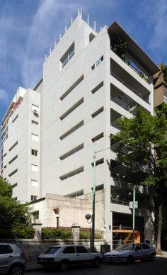 Edificio French Palermo, Multi Story Building, Architecture, Exterior Siding, Buildings, Architects, Arquitetura, Architecture Design