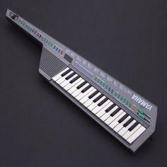 YAMAHA SHS-10 Keytar Synthesizer 32-Key MIDI Keyboard FM Digital Silver Grey GC