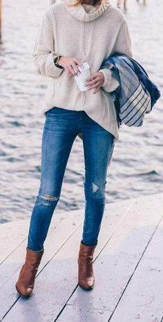 oversized sweater   ripped jeans   leather boots