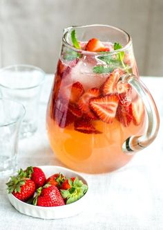 My Kind of Spring Drink Recipe: Strawberry Gin Smash — The 10-Minute Happy Hour | The Kitchn
