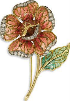Phenominal Floral Art Nouveau Brooch in Plique-a-Jour, Diamonds and 18K Yellow Gold, Divine.