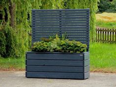 Pflanzkasten Holz L mit Sichtschutz Planter with privacy screen, covered in oiled anthracite gray & height planter: 68 cm, total height: 180 cm The post Planter wood L with privacy appeared first on Leanna Toothaker. Landscape Structure, Landscape Design, Garden Design, Wooden Planters, Planter Boxes, Back Gardens, Small Gardens, Roofing Options, Red Roof