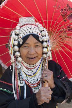 Thailand, Chiang Mai, Chiang Mai Flower Festival, Akha Hilltribe Woman | © Steve Vidler / John Arnold Images