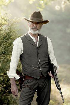 The Son Pierce Brosnan Image 1 Pierce Brosnan, Western Film, Western Movies, Western Wear, Western Style, Barba Van Dyke, O Cowboy, Western Cowboy, Peliculas Western
