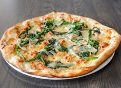 Look at this yummy Pizza! #pizzalovers from Toronto go check Il Ponte Cucina Italiana In Toronto