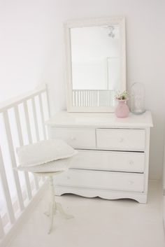 white--dresser All the beauties come from the very pure origin~