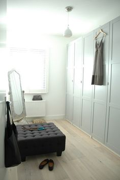 small room idea - turn a very small room into a dressing room/closet Hege Greenall-Scholtz