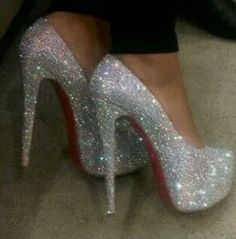 Love the Louboutin wedding shoes Pretty Shoes, Beautiful Shoes, Cute Shoes, Me Too Shoes, Glitter High Heels, Sparkly Shoes, Stiletto Heels, Sparkle Heels, Dream Shoes