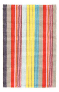 Happy stripe rug wit
