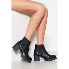 Nasty Gal Time Heels Chelsea Boot (4.035 RUB) ❤ liked on Polyvore featuring shoes, boots, black, heeled boots, chelsea bootie, vegan boots, black faux leather boots and rounded toe boots