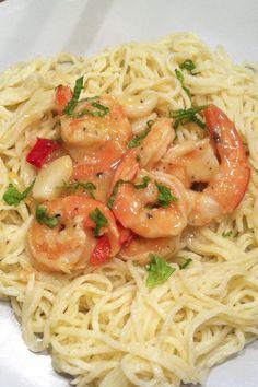 Pasta, Food Inspiration, Shrimp, Spaghetti, Food Porn, Yummy Food, Yummy Recipes, Health Fitness, Food And Drink