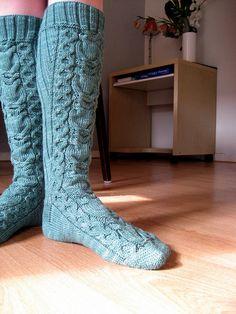 Owl socks full by dullegriet, via Flickr #knit #free_pattern