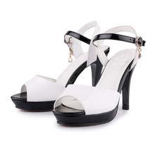 Giày cao gót nữ hở mũi, phối màu sắc độc đáo, kiểu dáng thanh lịch