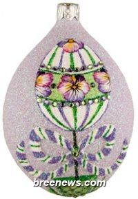 Topiary Egg, Pansy, Medium Egg Patricia Breen (Easter, Spring, Flowers, Lavender/violet, Pearl/white, Pink, Purple)