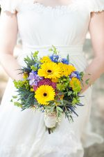 Beautiful summer bridal bouquet at Greenwell State Park. www.GreenwellFoundation.org, Photo by Britt Croft Photography. www.BrittCroftBlog.com