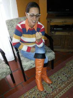 FEMINA - Modéstia e elegância: Meu look com blusão de lã colorido, over the knee e ripped jeans