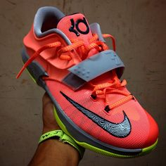 Nike KD VII DMV Detailed Pictures