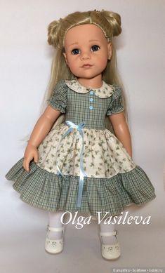 American Girl Crafts, American Girl Clothes, Girls Smocked Dresses, Flower Girl Dresses, Frock Models, Homemade Dolls, Baby Dress Design, Gotz Dolls, Ag Doll Clothes