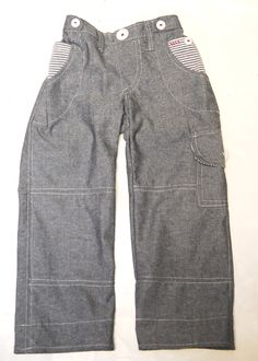 Boys Cargo Pants. Shhh don't tell anyone I'm gonna make them for a girl!