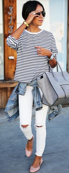 Sincerely Jules is always perfectly casual in a striped tee and luxe bag