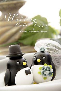 Penguin cake topper! Aww this is soooo cute!!