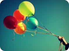 #havaifisek #parti #konfeti #balon Uçan Balonlar Nasıl Yükselir Balonların uçan türleri de oldukça yoğun şekilde ilgi görüyor. Özellikle de uçan balonlar bırakıldıklarında gökyüzüne doğru yükseliyor.  http://www.antalyaucanbalon.net/kategori/ucan-balon/ucan-balonlar-nasil-yukselir.html