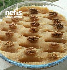 Nefis İrmik Helvasi(ölçüsü Şaşmaz) Turkish Kitchen, Dinner Recipes, Dessert Recipes, Turkish Recipes, Homemade Beauty Products, Apple Pie, Deserts, Food And Drink, Appetizers