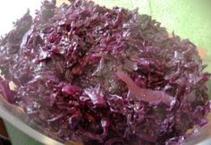 Braised Red Cabbage - Martha Stewart Recipes- Add some red wine vinegar and it's delicious.make it during any big holiday! Red Cabbage With Apples, Red Cabbage Recipes, Cabbage And Bacon, German Red Cabbage, Cooked Cabbage, Slow Cooker Red Cabbage, Sweet And Sour Cabbage, Roasted Cabbage, Braised Red Cabbage