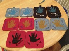 Hand print Pot Holders & Towels for gift ideas #diy & inexpensive