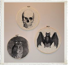 DIY Halloween Decorations with embroidery hoops.  I can see all kinds of holiday decorations with this.