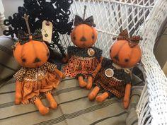 Holidays Halloween, Halloween Crafts, Scarecrow Crafts, Fall Patterns, Pumpkin Faces, Soft Sculpture, Fall Crafts, Handmade Art, Dolls