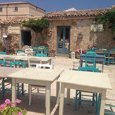 Taverna La Cialoma, Marzamemi, Sicilia, Italia