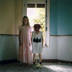 01 / 10 La cabane / 01 Photographie — Elene Usdin