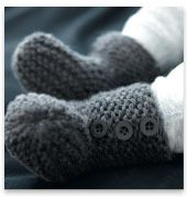 Modèles & patrons tricot gratuits Phildar – Booties to match Cardigan Baby Dk. Gray – pattern in French