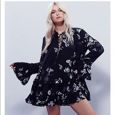 Free People Clover Field Printed Tunic Gently worn.  Trade value $118 Free People Dresses Mini