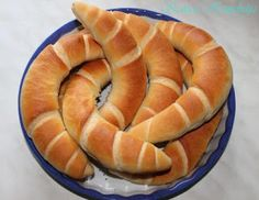 Bread Rolls, Bread Recipes, Cantaloupe, Watermelon, Bakery, Lime, Fruit, Food, Breads