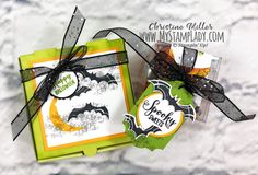 Spooky Sweets Treats For Halloween - My Stamp Lady Halloween Treat Holders, Fun Halloween Treats, Spooky Treats, Halloween Pizza, Halloween Bats, Cute Pizza, Stampin Up, Paper Crafts, Sweets
