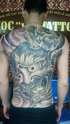 Hình mặt quỷ Tribal Art Tattoos, Animal Tattoos, Black Tattoos, Body Art Tattoos, Sleeve Tattoos, Japanese Mask Tattoo, Japanese Tattoo Designs, Back Tattoos For Guys, Full Back Tattoos