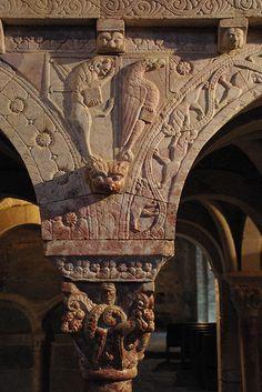 Prieuré de Serrabone (Pyrénées-Orientales) Romanesque Architecture, Languedoc Roussillon, Medieval, Lion Sculpture, Tower, France, Statue, Santa Maria, Architecture