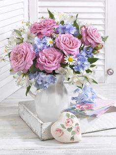 Marianna Lokshina - Floral_still Life_roses_LMN49006