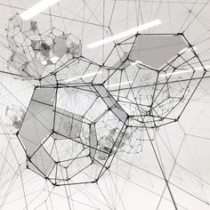Tomás Saraceno: Stillness in Motion—Cloud Cities, installation view at the San Francisco Museum of Modern Art, 2016. Photo: © Studio Tomás Saraceno