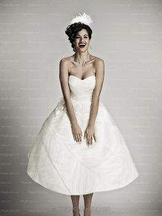Ball Gown Sweetheart Sleeveless Zipper Flower Tea-length Wedding Dress at Millybridal.com