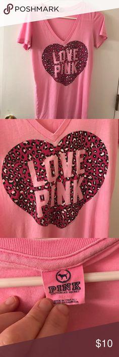 Victoria's Secret pink heart tee ❤️ pink Md Very good condition PINK Victoria's Secret Tops Tees - Short Sleeve