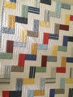 Baby Quilt Made from re-cycled Mens Dress Shirts When I make my chevron quilt, I will machine quilt like this. Quilting Projects, Quilting Designs, Sewing Projects, Quilt Design, Quilt Baby, Quilt Modernen, Plaid Quilt, Keepsake Quilting, Man Quilt
