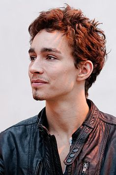 Robert Sheehan (b. 1988) is an Irish actor who began his career in 2003. Since then he has been nominated for several awards for the TV series Misfits and Love/Hate.