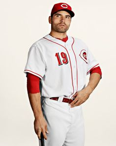 Joey Votto with scruff..... GOOD. LORD.