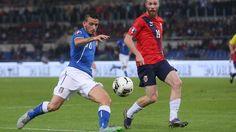 Italia-Norvegia 2-1, scacco di Conte in una mossa: che Florenzi! - http://www.maidirecalcio.com/2015/10/13/italia-norvegia-2-1-scacco-di-conte-in-una-mossa-che-florenzi.html